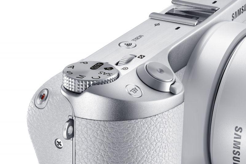 Samsung-NX500-White-1