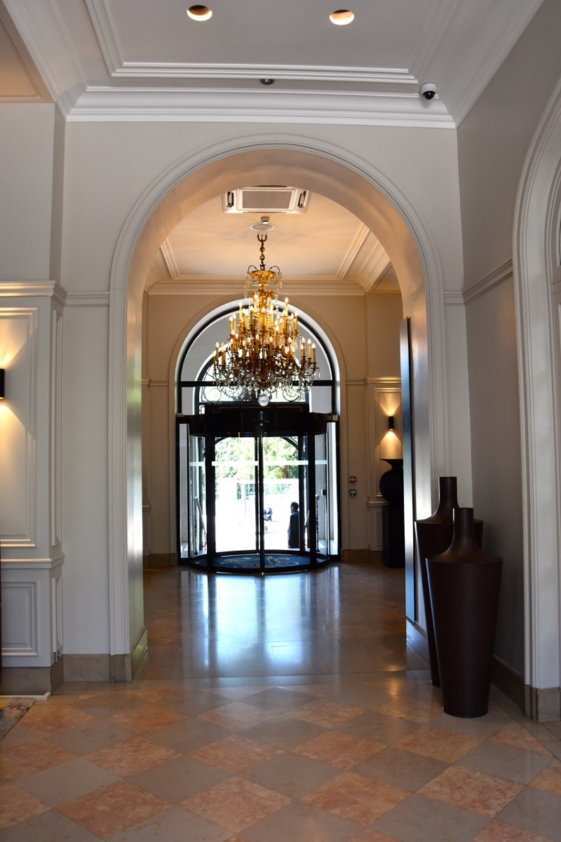 Grand Foyer Bar Allphones Arena : Dijon parenthèse enchantée au grand hôtel la cloche